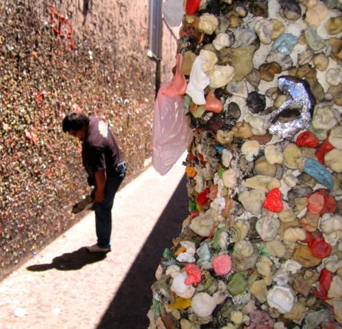 bubblegum-wall-3