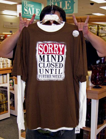 Closed mind t-shirt