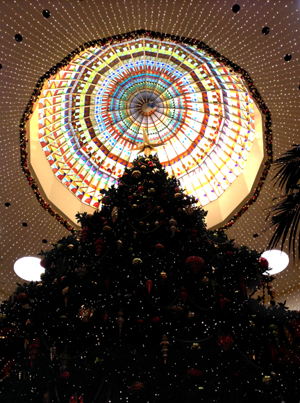 Christmas tree, South Coast Plaza