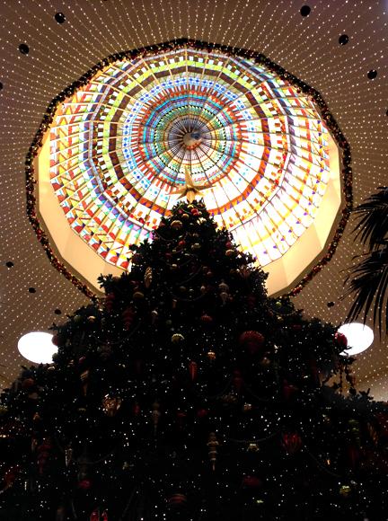Christmas tree, South Coast Plaza